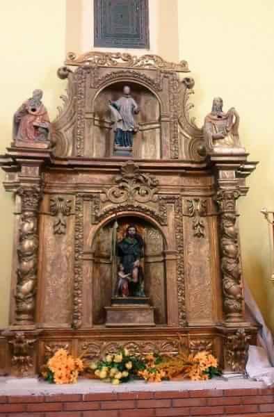 altar-1