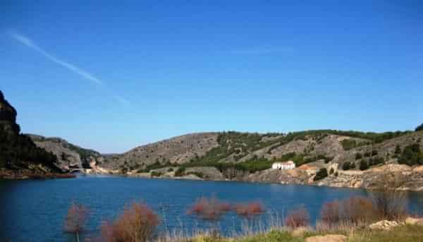 ermita_de_san_danie_de_ibdes_en_el_pantano_de_la_tranquera
